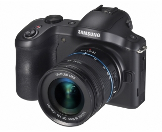 Samsung Galaxy NX - системная фотокамера с Android и LTE
